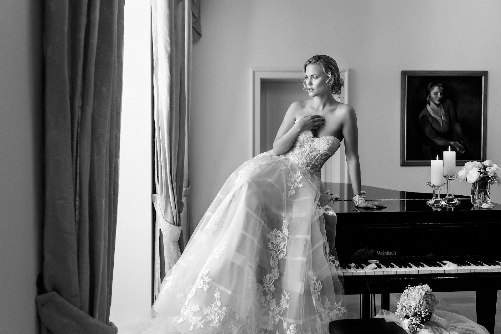 Schwarz/Weiß Porträt einer Braut, mit Tipps zur fotografischen Umsetzung.