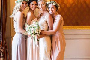Gruppenfotos: 5 Tipps zur Bridal Party für schöne Erinnerungsbilder